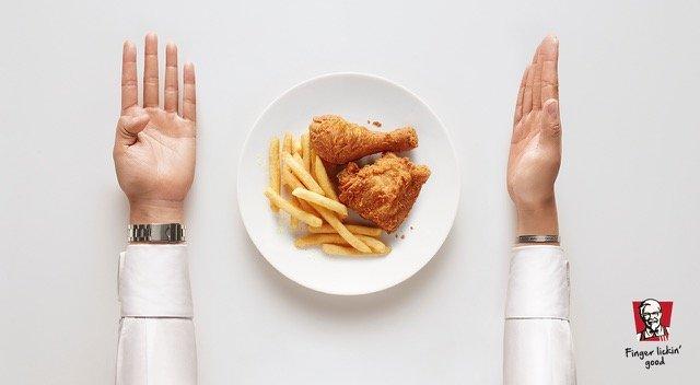 kentucky-fried-chickenkfc-finger-lickin-good-cutlery-3-2000-99431
