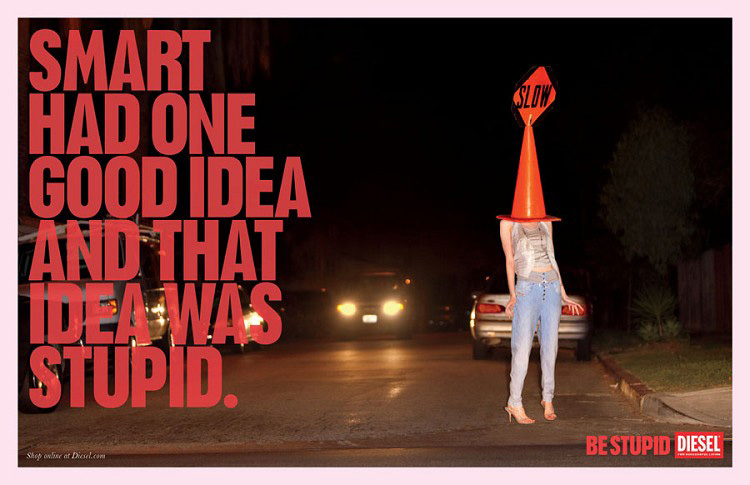 Be stupid or be idiot? / Une copie complètement stupide?